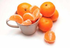 Mandarina de Valencia preparada para comer tomar