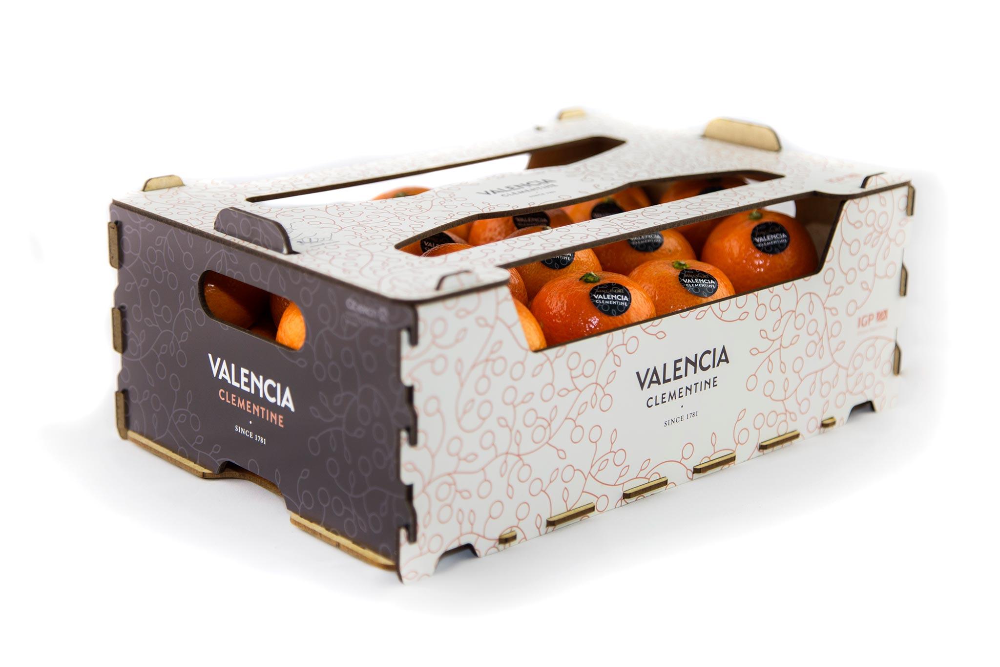 Packaging Valencia mandarin